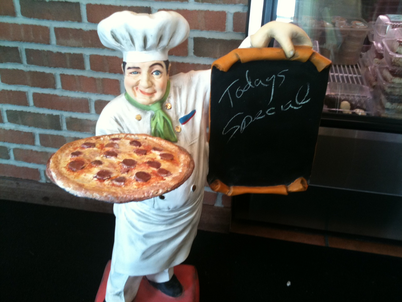 Pizza Chef Holding Pizza Pie Amp Menu Board Dmpizzapie